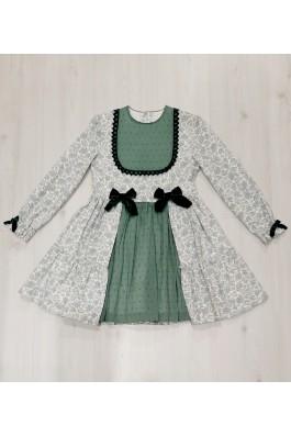 Vestido con estampado verde
