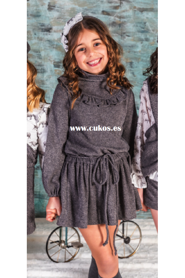 Vestido de niña en punto gris