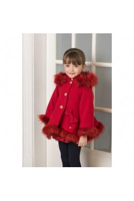 Abrigo de niña en paño rojo con detalles en pelo