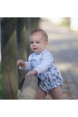 Conjunto de de bebé en estampado azul