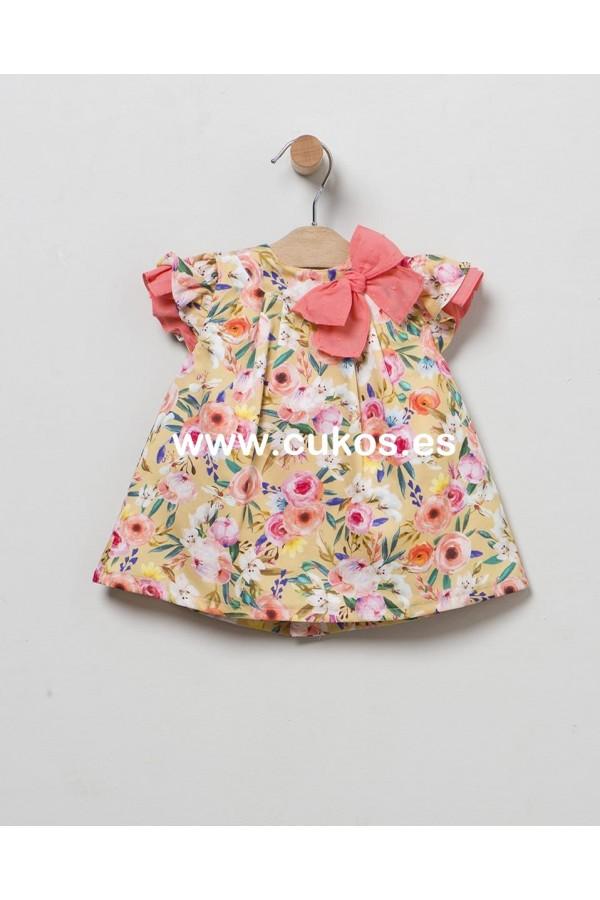 Vestido de bebé con estampado floral