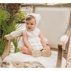 Vestido de bebé crudo con lazo rosa