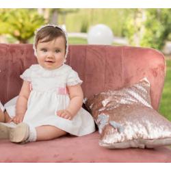 Vestido de bebé beig con lazos rosa
