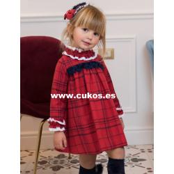 Vestido de niña en rojo